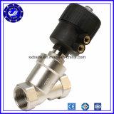 A ação dobro inoxidável do aço SS316 SS304 CF8m Pn16 flangeou tipo válvula pneumática do assento do ângulo