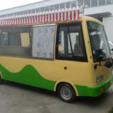 観光地の移動式食糧トラック