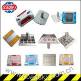 I riflettori di sicurezza stradale con metallico il contrassegno riflettente di alluminio della pressofusione