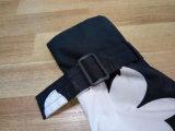 Schwarzweiss-Flower Hooded PVC Raincoat für Woman