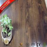 Fabrik-Großverkauf mein Fußboden-Laminat, das besten Preis ausbreitet