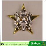 Metal forma de hoja de oro insignia de hombro