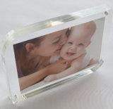 La vente en gros Acrylique Crystal comptoir signe d'affiches de l'image Photo Frame