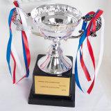 Commerce de gros bon marché vierge personnalisée Champions Sport Award Trophée Souvenir Trophée de la Coupe de métal