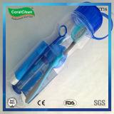 투명한 플라스틱 병에 있는 교정 장비