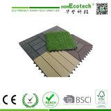 Горячая продажа сад оформлены WPC DIY декорированных плитки 300*300 мм для использования вне помещений взаимосвязанных пластмассовые деревянные полы керамической плитки