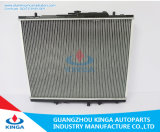 Radiatore dell'automobile per Mitsubishi Montero Sport'97-04 Mt Mr258668/Mr258669