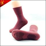 Носки выскальзования Средний-Икры человека анти-
