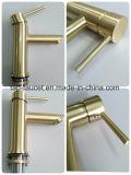 Gold-Plated cobre Livre / permanente a torneira com chuveiro de mão