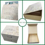 Rectángulo de regalo de papel plegable de empaquetado de la ropa plegable popular del diseño