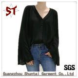 L'altoparlante poco costoso del V-Collo delle signore semplici all'ingrosso collega la maglietta con un manicotto