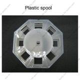 Пластиковый золотник на линии по упаковке и обслуживания клиентов