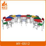Estudo crianças coloridos barata mesa e cadeira para alunos do pré-escolar