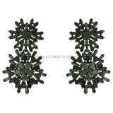 De mooie Juwelen van het Messing van het Ontwerp van de Sneeuwvlok Oorringen Geplateerde (KE3161)