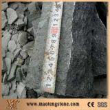 Natürliche Granit-Yard-Straßenbetoniermaschinen des Fuding Schwarz-Pflasterung-Stein-G684 schwarze geflammte mit Ineinander greifen