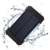 Aprobado puerto USB RoHS doble impermeable 10000mAh teléfono Banco de Energía Solar con luz LED