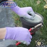 Перчатка работы безопасности сада нитрила цветастого вкладыша Nmsafety покрытая
