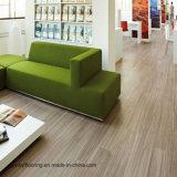 Plancher commercial de vinyle de configuration desserrée de fibre de verre