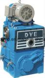 Pompe de vide de piston rotatoire pour des installations d'épuration de pétrole de transformateur