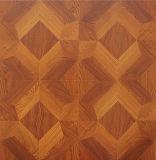 étage en stratifié en bois en bois insonorisant du chêne E0 gravé en relief par AC4 de 12.3mm