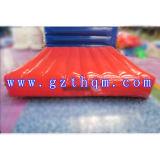 Cojín inflable de PVC agua Esponja de pista / aire inflable para parque acuático