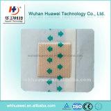 El agua permeable al aire absorbe la película transparente de la PU del vendaje para heridas