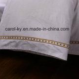 ジャカードデザイン刺繍の装飾のホテルのシーツ