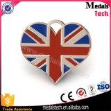 A forma do coração Recessed Tag de cão BRITÂNICOS enchidos cor do metal do logotipo da bandeira