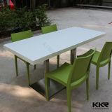 Kingkonreeの固体表面4のSeaters表のコーヒー椅子および表