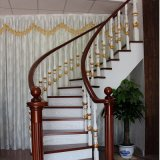 Escalier en spirale en bois de chêne massif de style européen (GSP16-012)