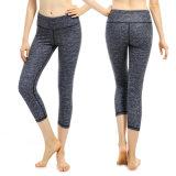 Pantalones cómodos absorbentes de la yoga del desgaste de los deportes de las mujeres de la tela de la humedad
