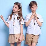 Le circuit de qualité d'OEM gaine la chemise de coton d'uniforme scolaire de connexion avec Butttons pour des garçons et des filles