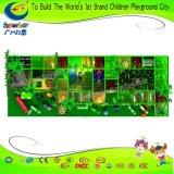 Venta caliente en el interior de plástico para niños tema forestal equipos de juego
