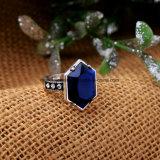 Juwelen van de Ring van de Vrouwen van het Bergkristal van de verklaring de Legering Ingelegde Geometrische Halfedelsteen Beslagen