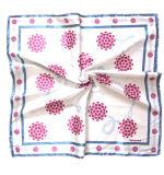 La seta del raso stampata disegno personalizzata prodotti dell'OEM Promoitonal gradice la sciarpa quadrata