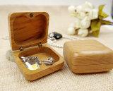 Rectángulo de joyería de madera