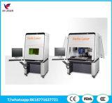 A máquina plástica da marcação do laser da gravura com protege a tampa