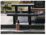 Monumento em granito preto e banco Memorial Cemitério