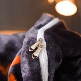 La couverture de couette d'ouatine de flanelle place la literie de café et le linge de lit chauds