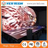 Fijos de interior instalan la visualización publicitaria a todo color de la muestra del LED
