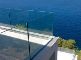 Glass Balcony Railing Designs를 위한 Oudoor Frameless Glass Railing의 최고 Manufacturer