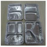 Три отсека одноразовых контейнеров из алюминиевой фольги