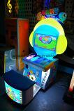 De binnen Machine van het Spel van Kinderen Muntstuk In werking gestelde/de Magische Machine van het Spel van de Kaartjes van de Piano
