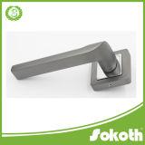 2016 MN Color nuevo diseño de la palanca de la puerta de aluminio