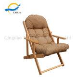 De hoge Achter Vouwbare Ligstoel van de Vrije tijd