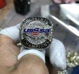 De hete Ring van het Kampioenschap van Usssa van de Douane met het Verschepen