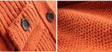 100%年の冬の男の子のためのLambswoolによって編まれるカーディガンのコート
