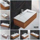 Раковина ванной комнаты мебели Corian с деревянным шкафом
