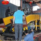 P60b鉱山のスクレーパーの石のローダーは採鉱車によって一致した