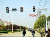 街灯のポーランド人6m 8m 10m 12m 20m LEDの洪水ライト望遠鏡CCTVのカメラのマストポーランド人